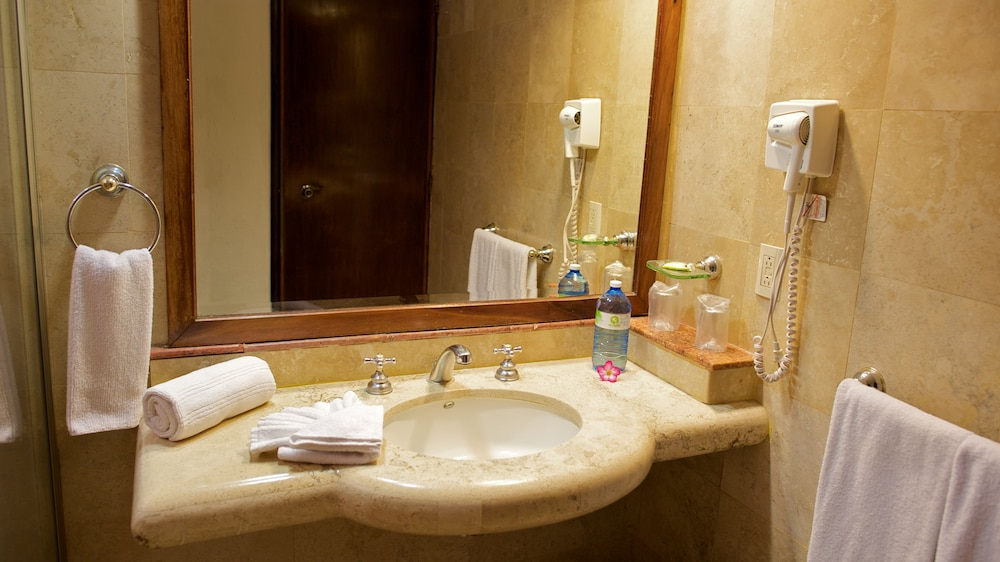 Bathroom, Las Palmas by the Sea - All Inclusive