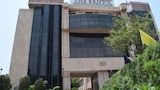 The Bristol Hotel - Gurgaon Hotels