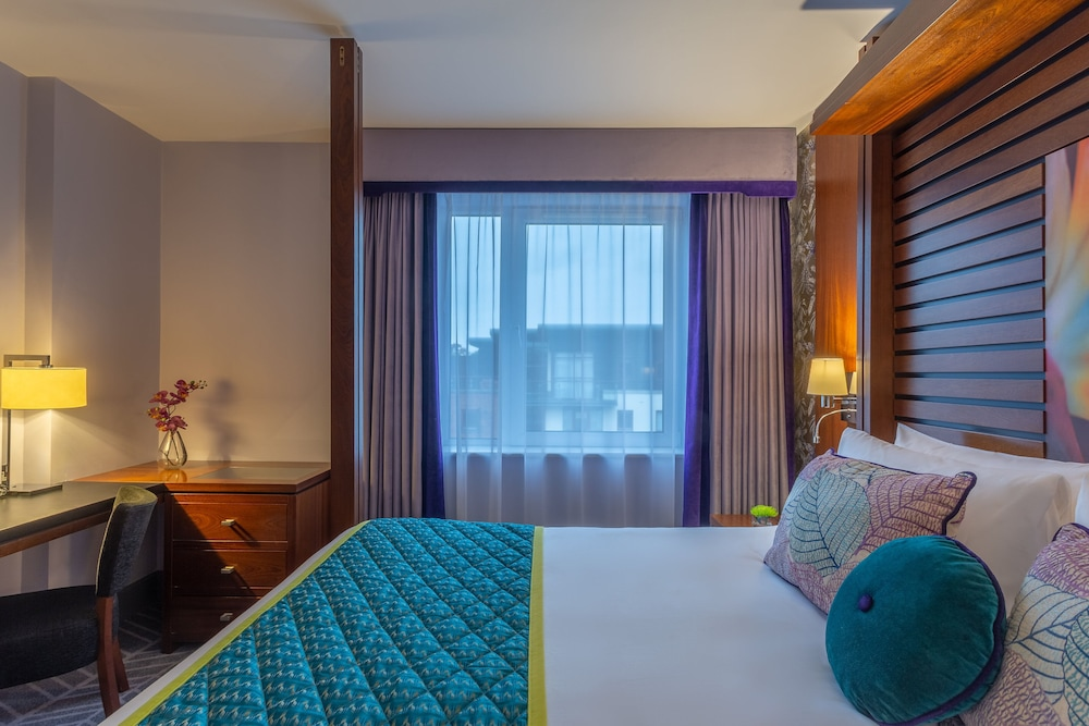 Room, Crowne Plaza Dublin Airport