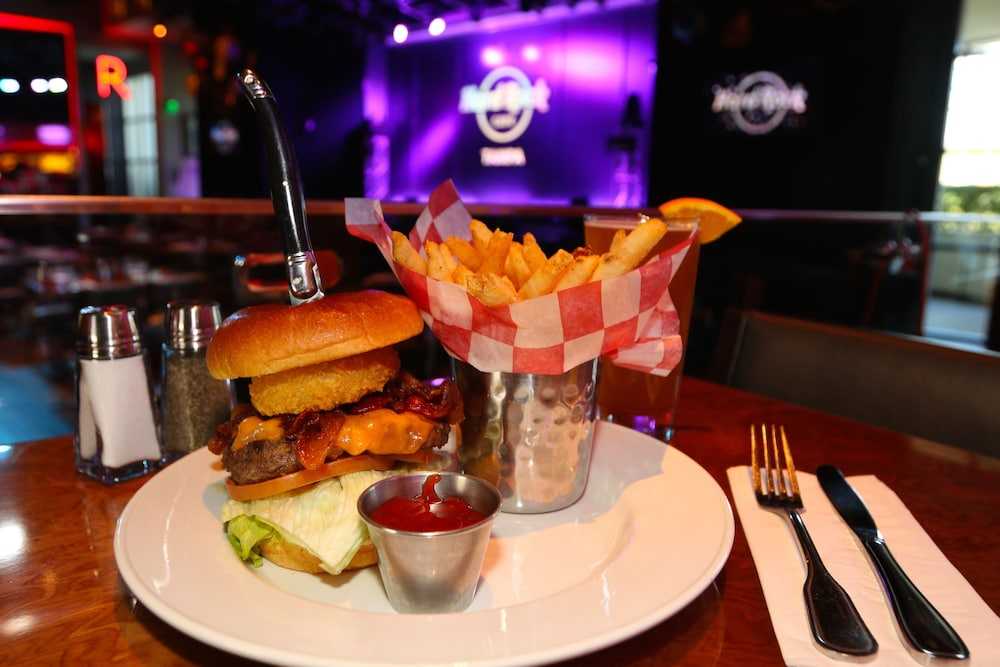 Food and Drink, Seminole Hard Rock Hotel and Casino