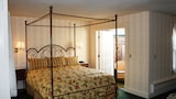 Gosby House Inn, A Four Sisters Inn - Pacific Grove Hotels
