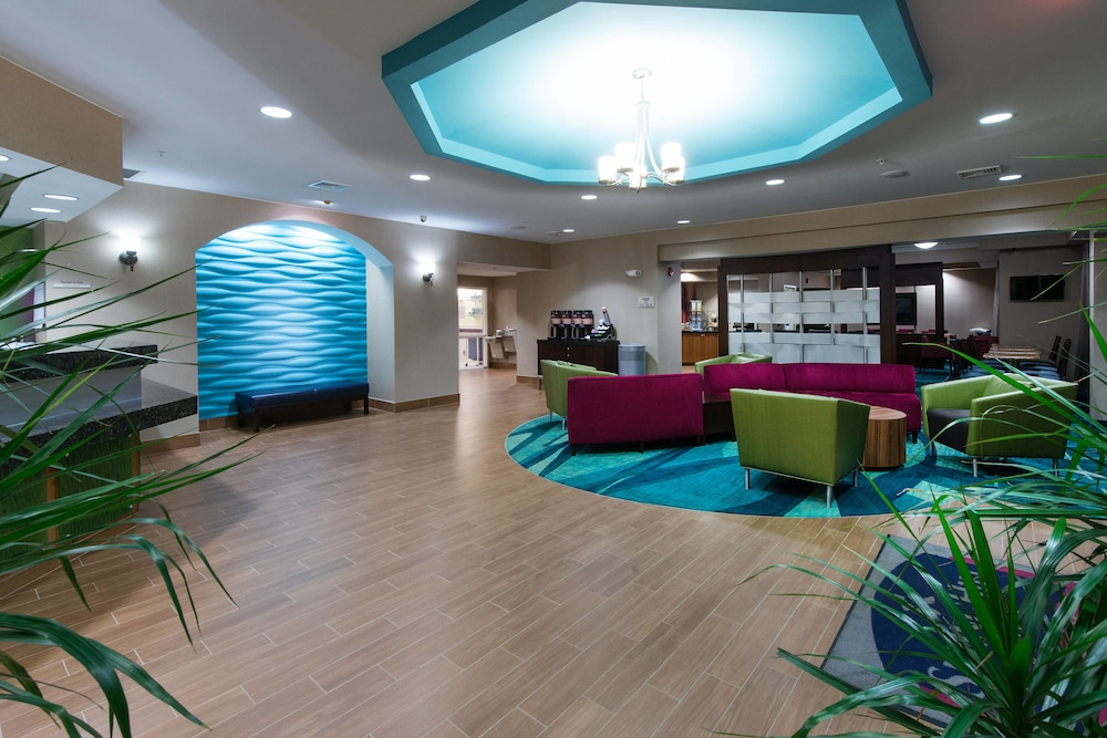 Lobby, SpringHill Suites by Marriott Greensboro