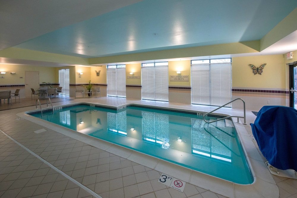 Indoor Pool, SpringHill Suites by Marriott Greensboro