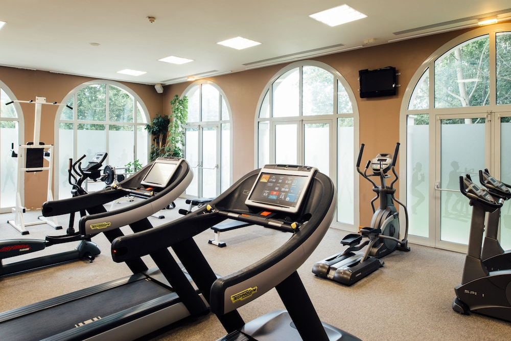 Gym,  Dream Castle Hotel