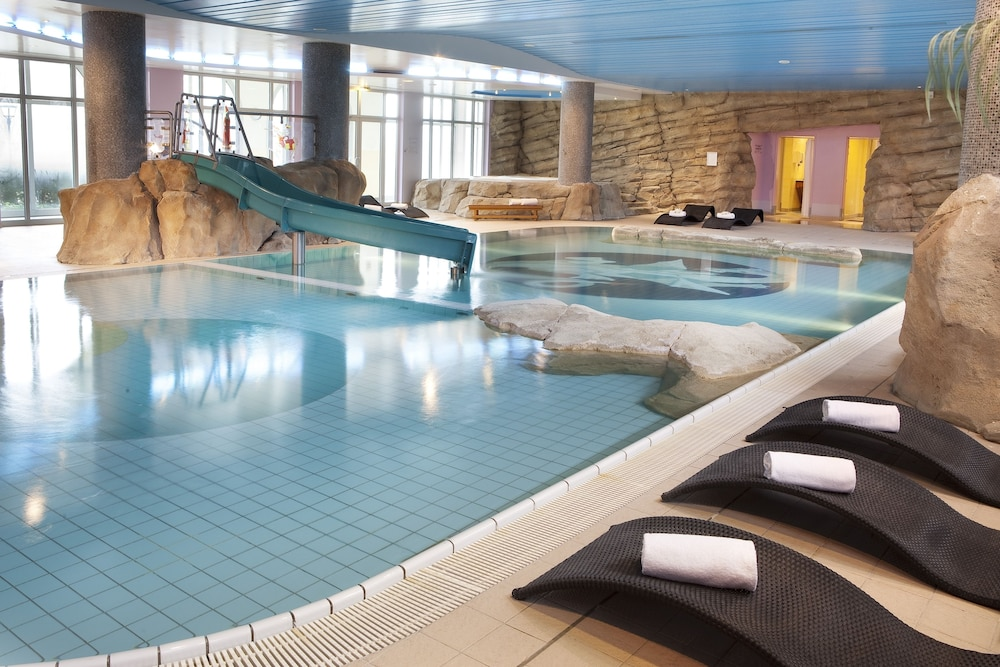 Indoor Pool,  Dream Castle Hotel