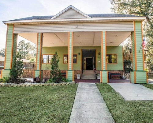 Great Place to stay Suburban Extended Stay Hotel Tallahassee near University near Tallahassee