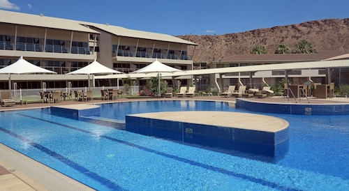 Crowne Plaza Alice Springs Lasseters, an IHG Hotel