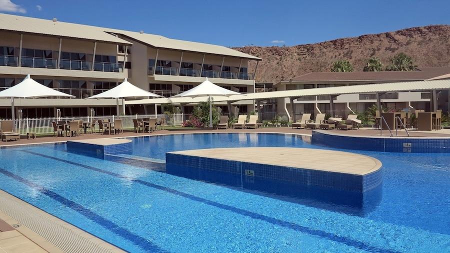 Crowne Plaza Alice Springs Lasseters, an IHG Hotel
