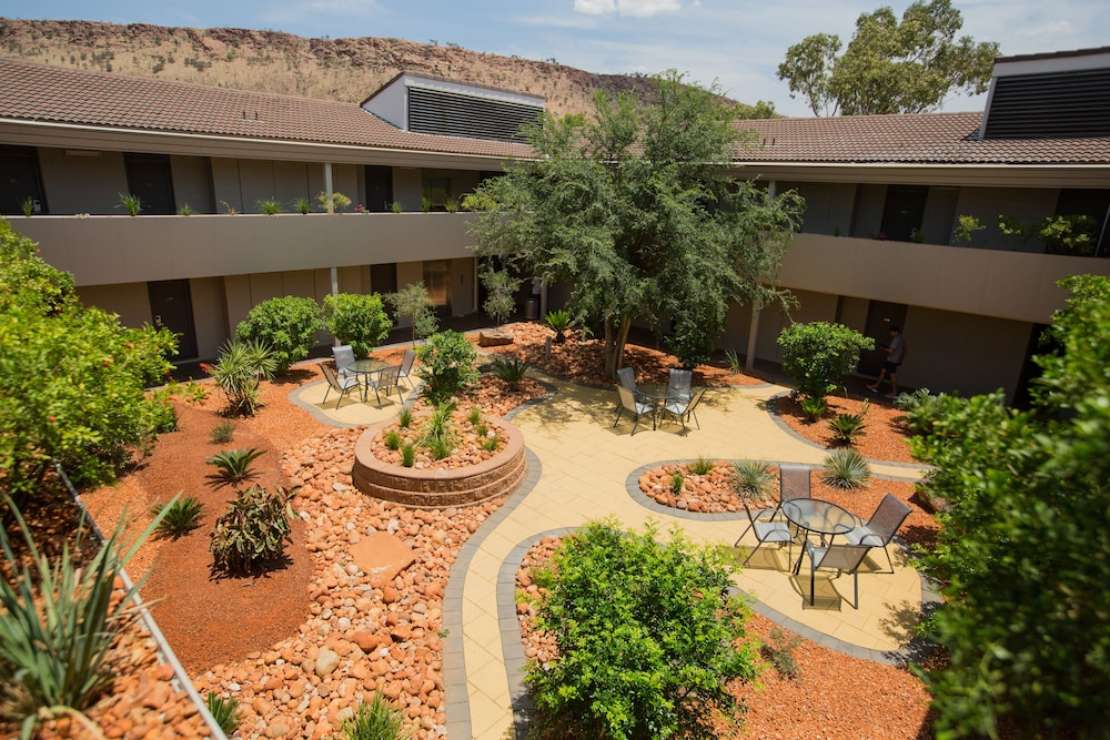Crown Plaza Alice Springs