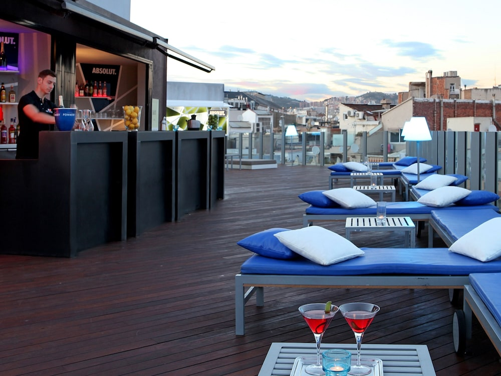 Poolside Bar, Axel Hotel Barcelona & Urban Spa - Adults Only