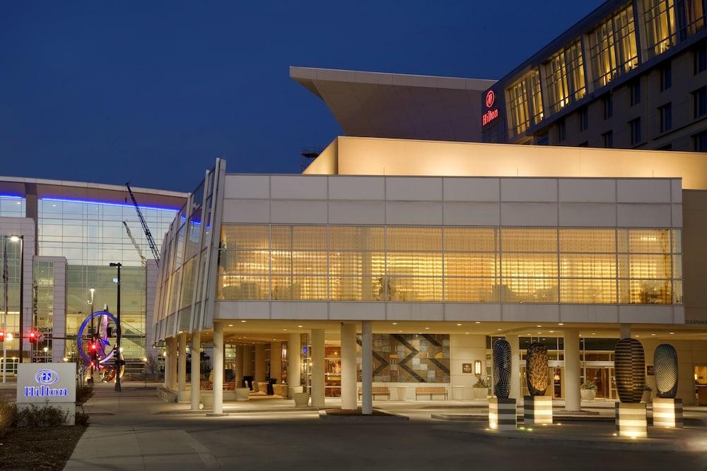 Hilton Omaha In Omaha Hotel Rates Amp Reviews On Orbitz