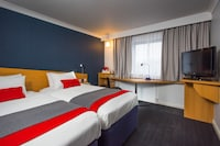 Holiday Inn Express Newport (7 of 39)