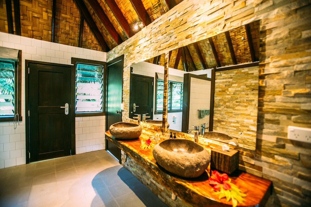 Bathroom, Qamea Resort and Spa Fiji