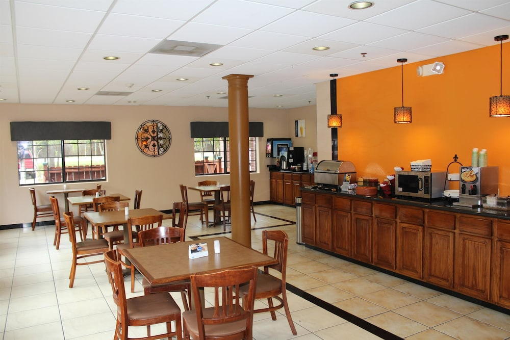 Breakfast Area, Best Western Plus The Woodlands