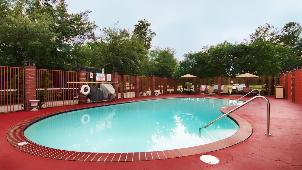 Outdoor Pool, Best Western Plus The Woodlands