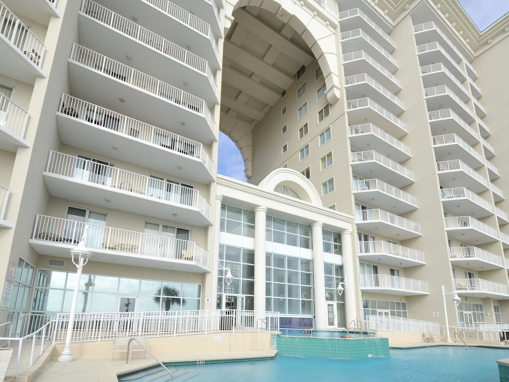 Outdoor Pool, Majestic Sun Condominiums