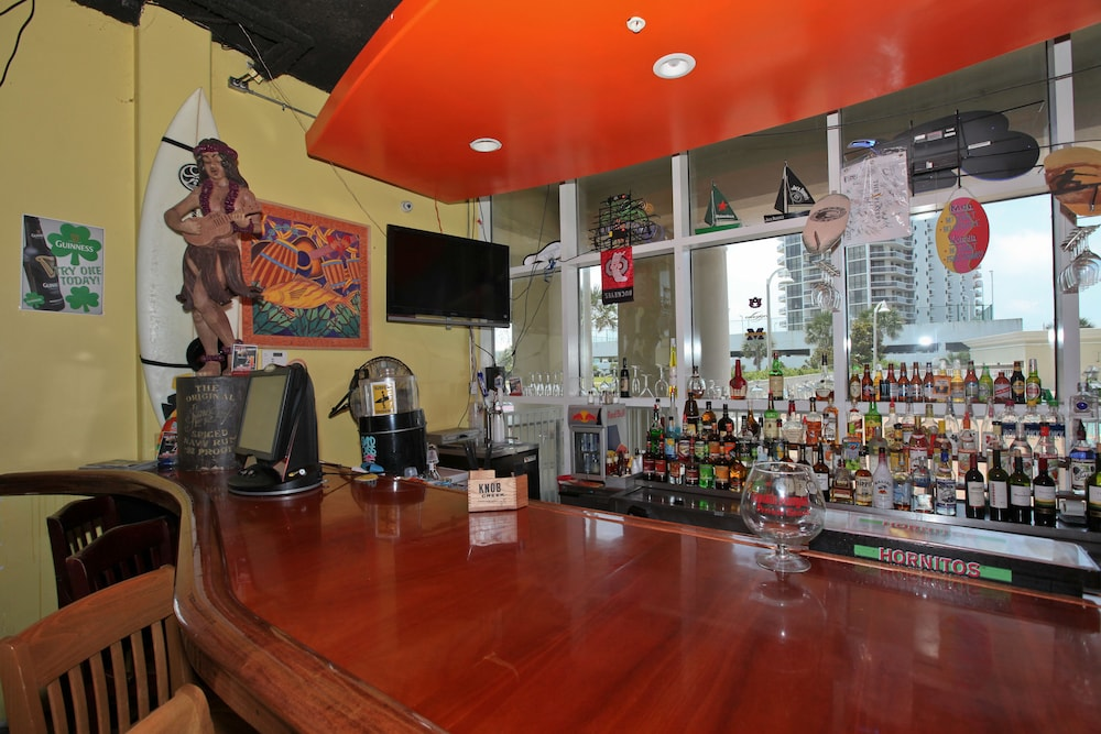 Bar, Majestic Sun Condominiums