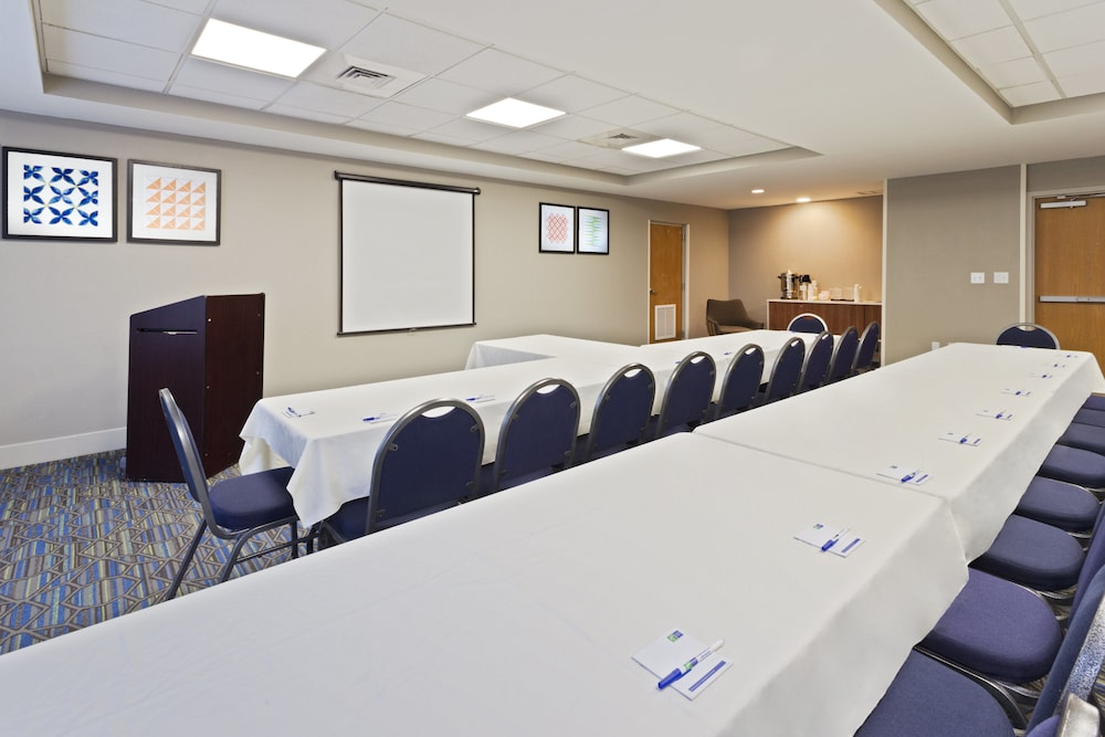 Meeting Facility, Holiday Inn Express Hotel & Suites Tavares - Leesburg, an IHG Hotel