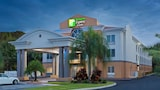 Holiday Inn Express Hotel & Suites Tavares - Leesburg - Tavares Hotels