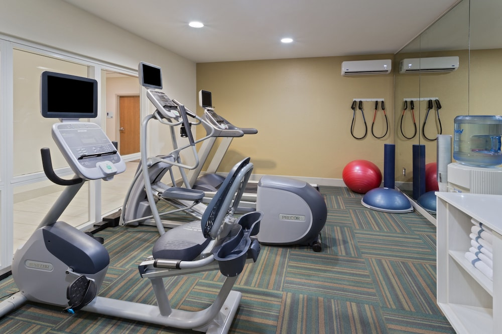 Fitness Facility, Holiday Inn Express Hotel & Suites Tavares - Leesburg, an IHG Hotel