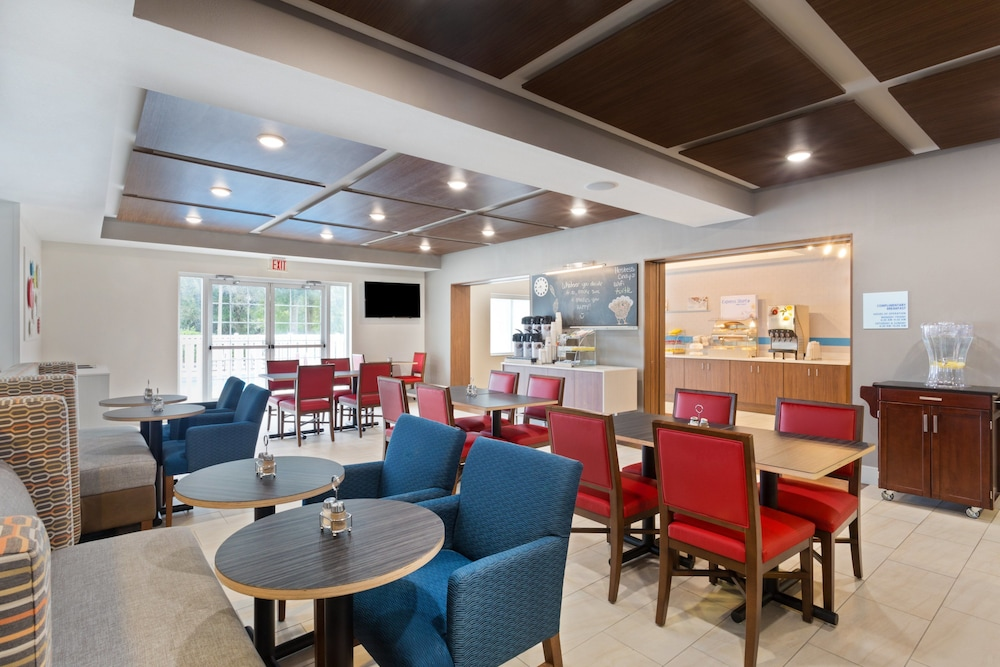 Breakfast Meal, Holiday Inn Express Hotel & Suites Tavares - Leesburg, an IHG Hotel