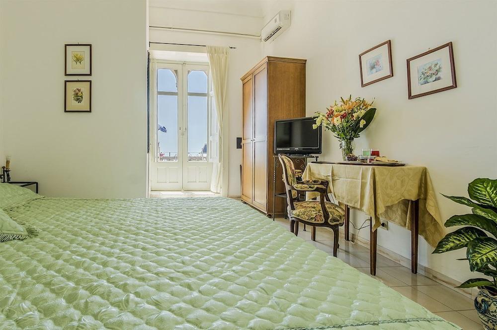 Hotel Bel Soggiorno Deals & Reviews (Taormina Coast, ITA)   Wotif