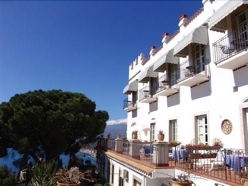 Book hotel bel soggiorno taormina hotel deals for Hotel bel soggiorno