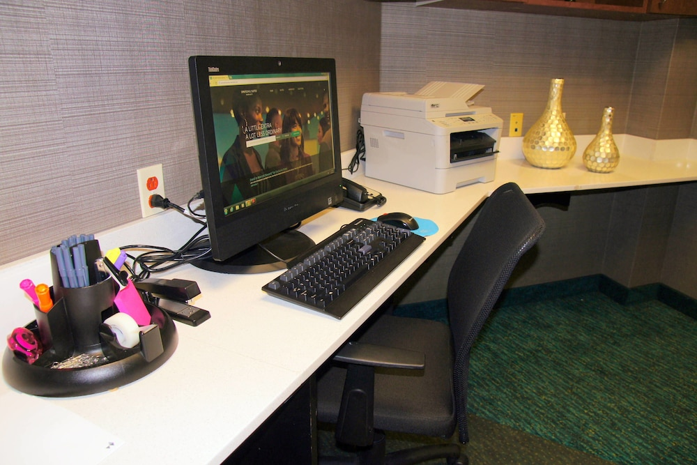 Business Center, SpringHill Suites by Marriott Norfolk Virginia Beach