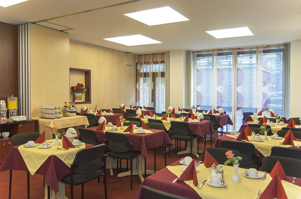 Breakfast Area, Hotel An der Philharmonie