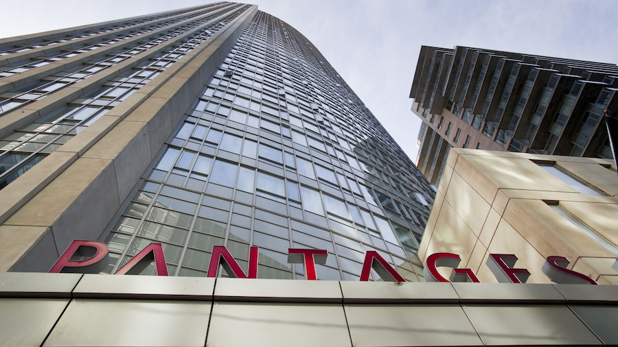 Pantages Hotel Downtown Toronto