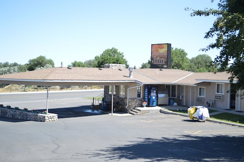 A Wyoming Inn