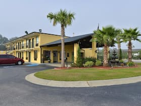 Americas Best Value Inn St. George, SC