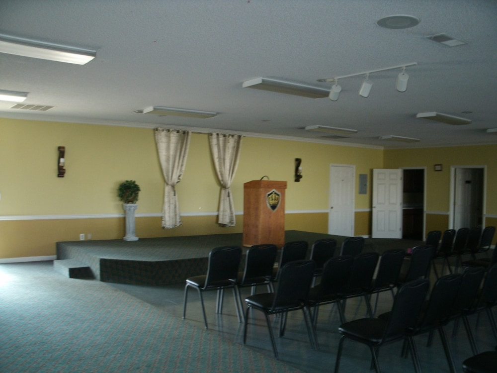 Banquet Hall, Admiralty Suites & Inn