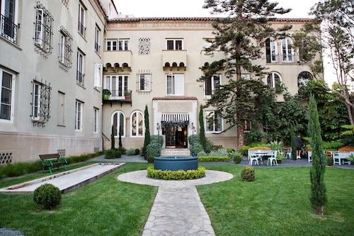 聖莫妮卡帕裡豪斯飯店