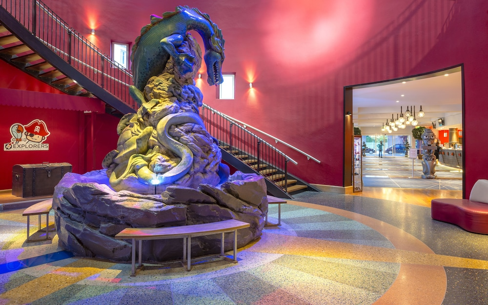 Explorers Hotel At Disneyland Paris Faciliteiten En Beoordelingen