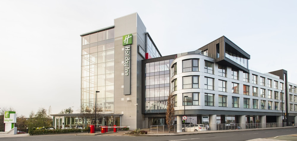 Front of Property, Holiday Inn London - West