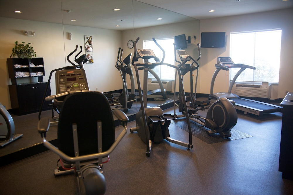 Fitness Facility, Holiday Inn Express Hotel & Suites Mountain Home