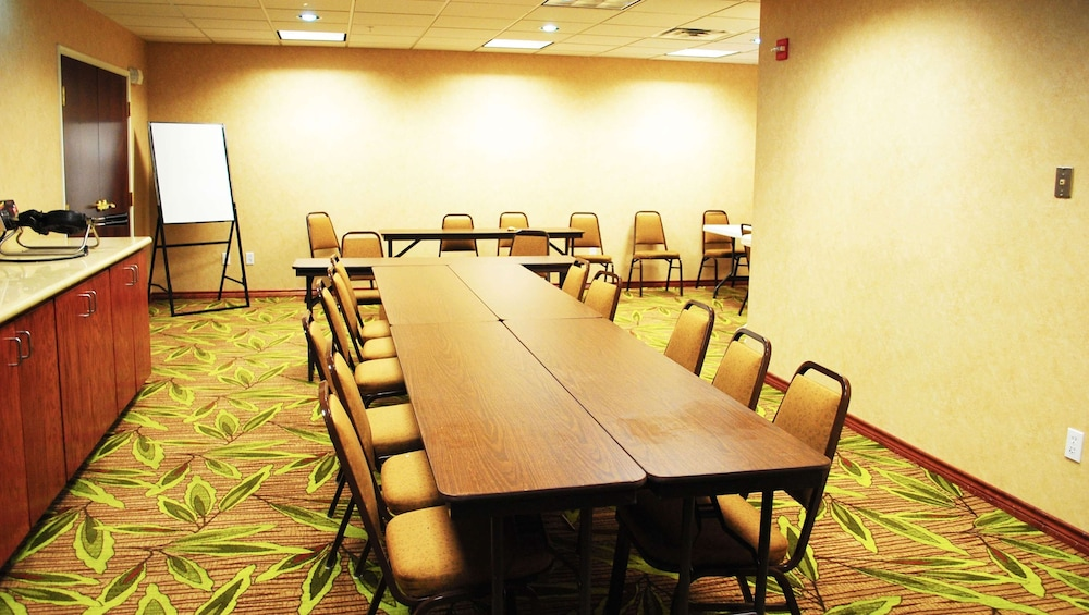 Meeting Facility, Magnuson Hotel Commerce
