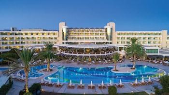 Poseidonos Avenue, 8101, Paphos, Cyprus.