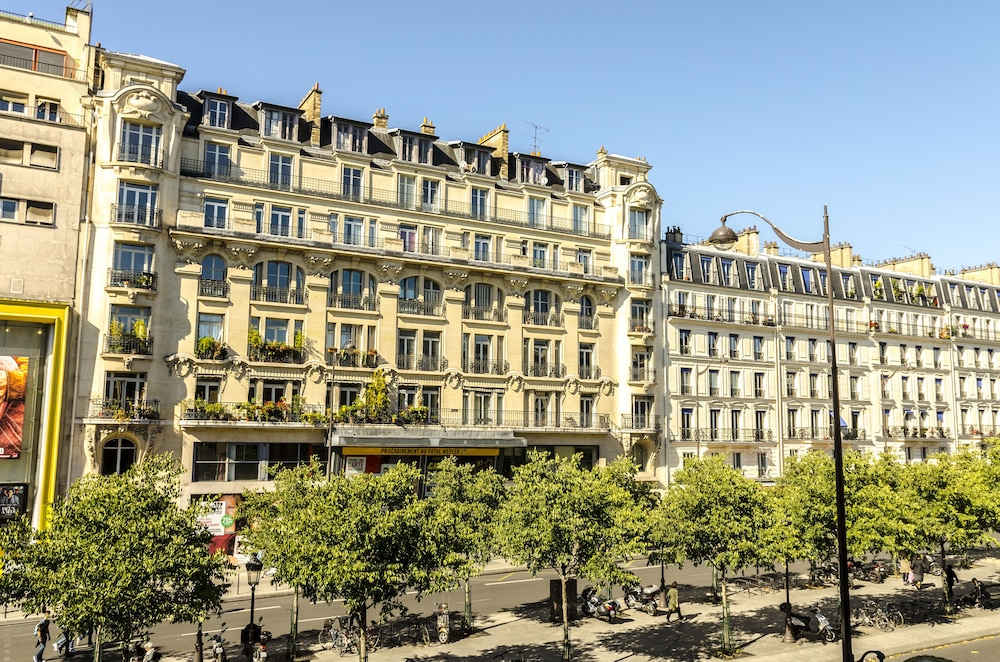 Contact hotel aliz montmartre deals reviews paris fra for Paris hotel address