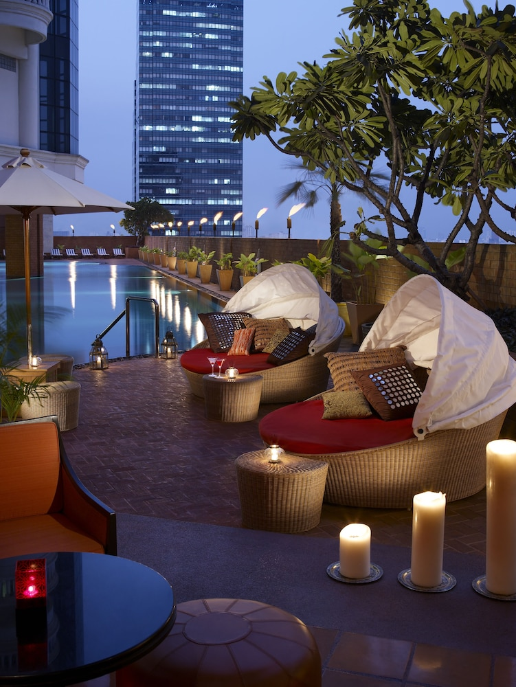 Outdoor Pool, lebua at State Tower (The World's First Vertical Destination)