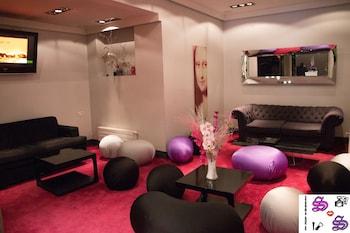 Ideal Hotel Design - Reviews, Photos & Rates - ebookers.com