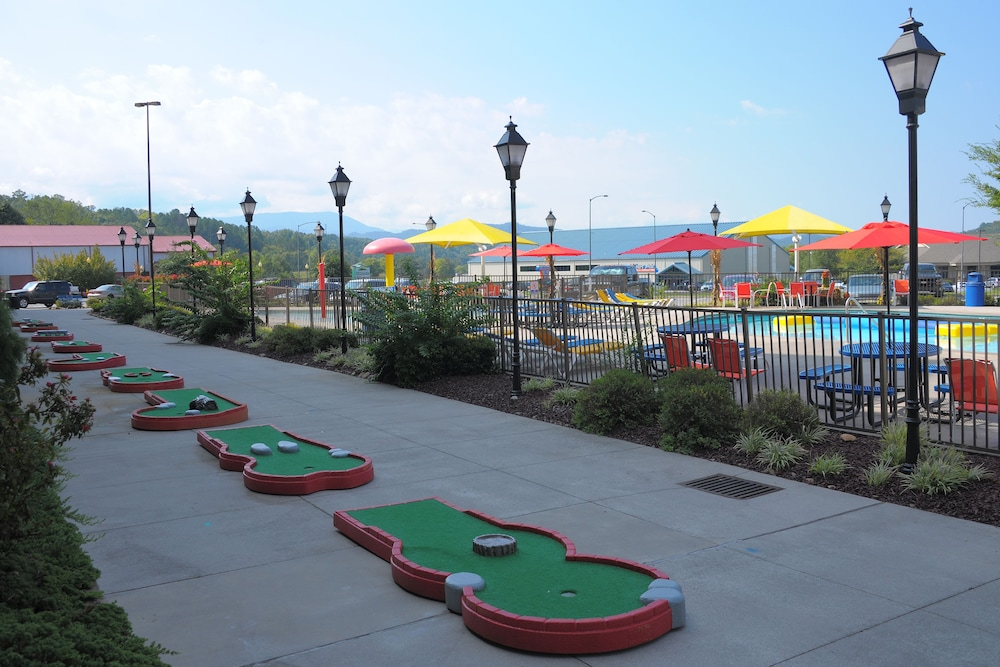Mini-Golf, The Resort at Governor's Crossing