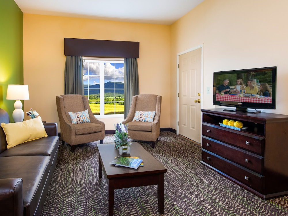 Living Area, The Resort at Governor's Crossing