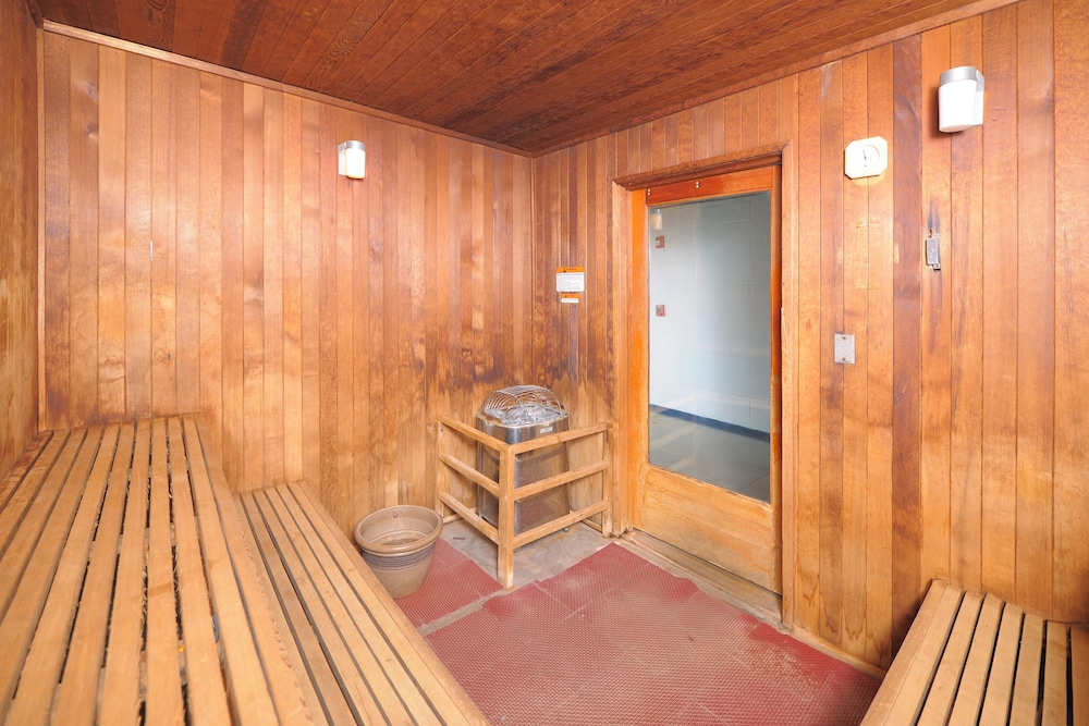 Sauna, The Resort at Governor's Crossing