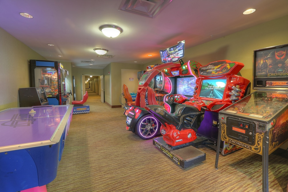 Game Room, The Resort at Governor's Crossing