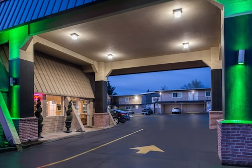 Great Place to stay University Inn & Suites near Eugene