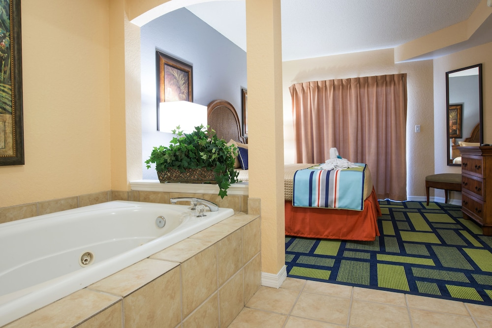 Jetted Tub, Vacation Village at Parkway