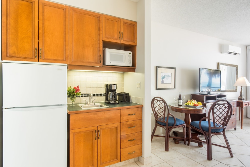 Private Kitchenette, Royal West Indies Resort