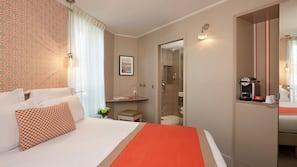 Premium bedding, Tempur-Pedic beds, free minibar, in-room safe